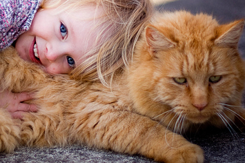 8-awesome-kids-with-awesome-pets-1-10279-1401921413-4_big