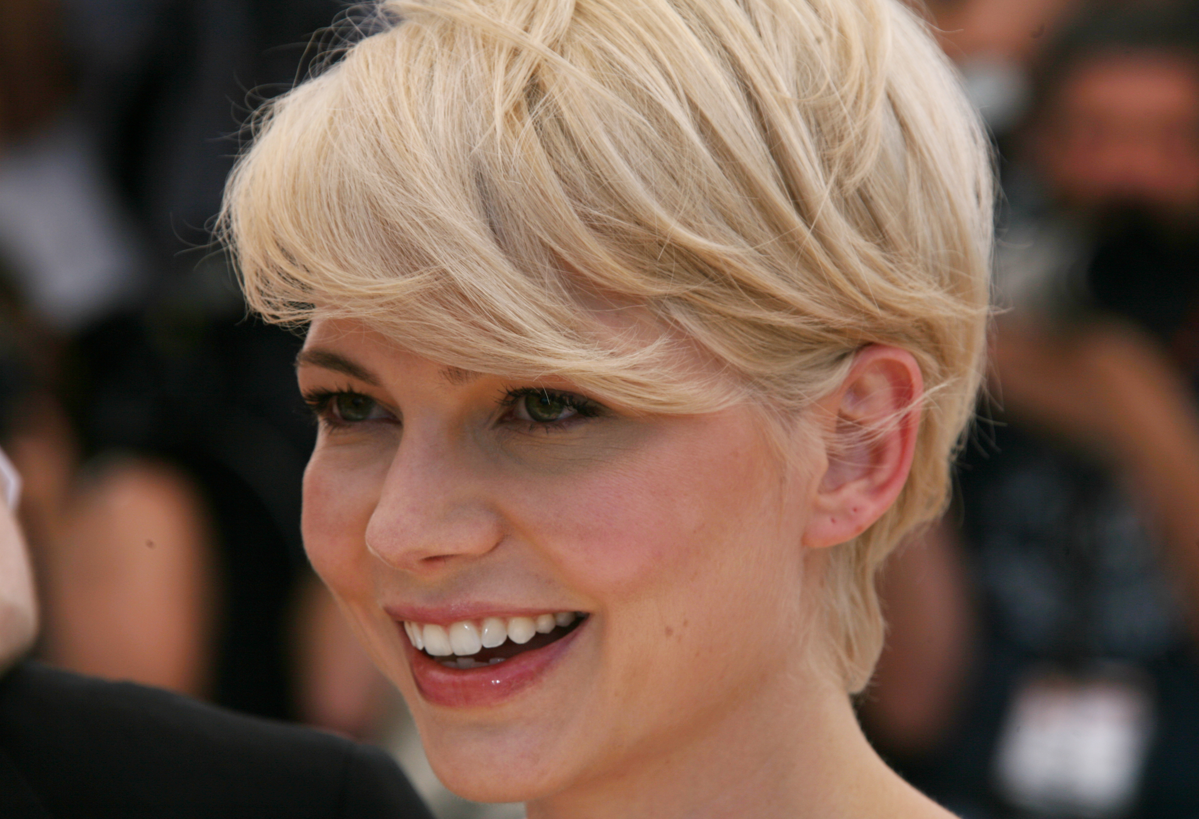 Michelle-Williams-HD-Wallpapers-1-1