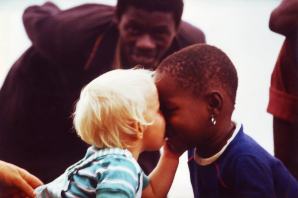 black-white-kids-africa-600x400