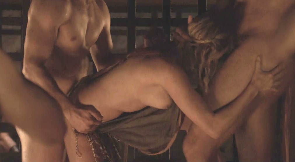 nude_in_spartacus_delicate_things_01_avi