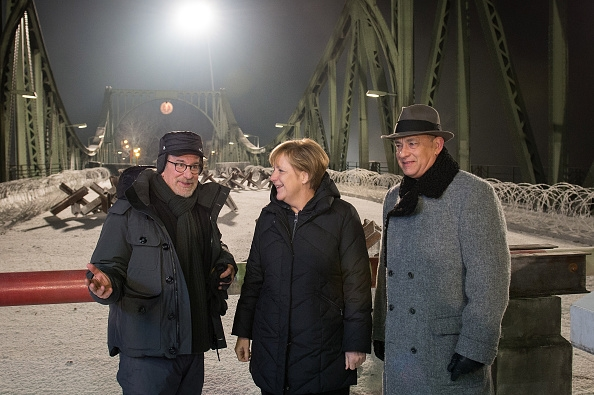 steven-spielberg-angela-merkel-tom-hanks