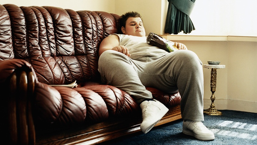 900-dv1554005-fat-person-watching-tv