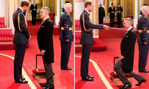 Sir Daniel Day-Lewis is made a Knight Bachelor of the British Empire by the Duke of Cambridge during an investiture ceremony at Buckingham Palace, London. PRESS ASSOCIATION Photo. Picture date: Friday November 14, 2014. See PA story ROYAL Investiture. Photo credit should read: Dominic Lipinski/PA Wire