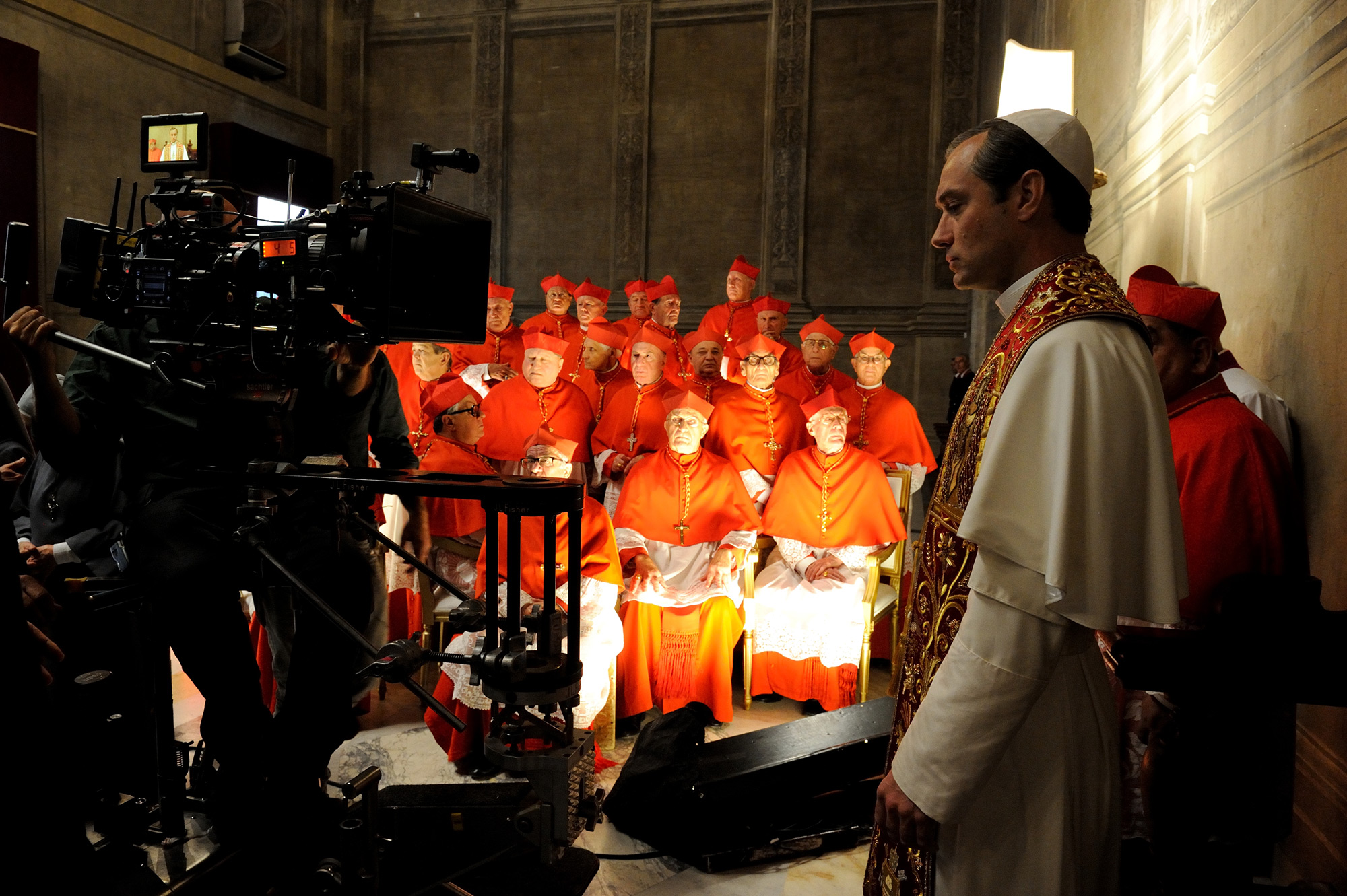 The Young Pope, Paolo Sorrentino, Jude Law, ΤΗΛΕΟΡΑΣΗ, Ο νεαρός Πάπας,