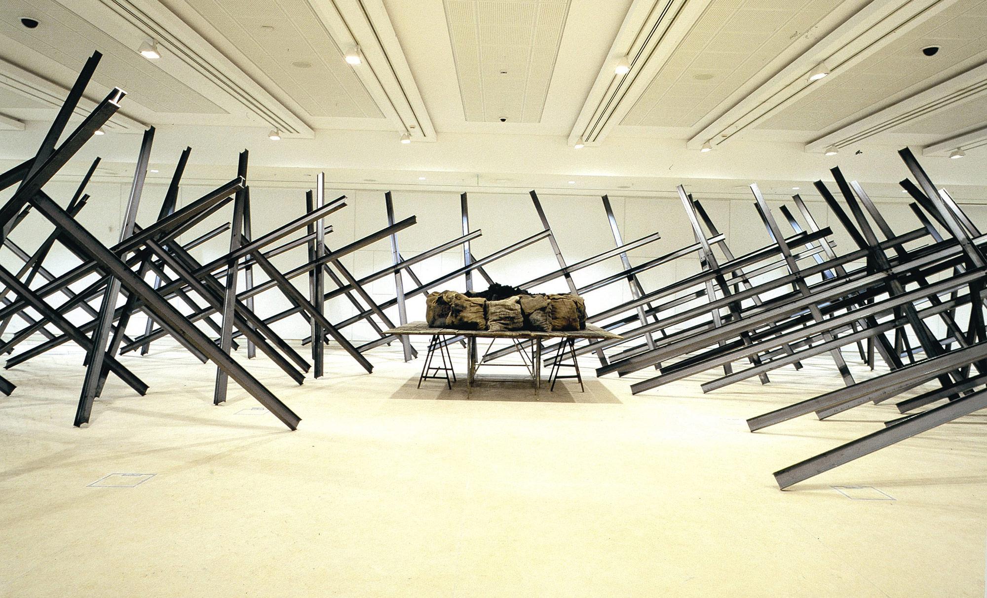 Εθνικό Μουσείο Σύγχρονης Τέχνης (ΕΜΣΤ) - Κουνέλης