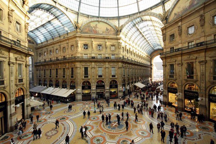 Ιταλία, ιστορικά μνημεία, οίκοι μόδας, αναπαλαίωση,