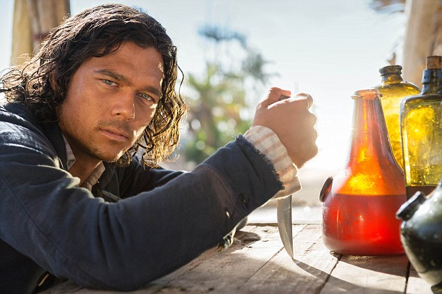 Luke Arnold in 'Black Sails' as John Silver