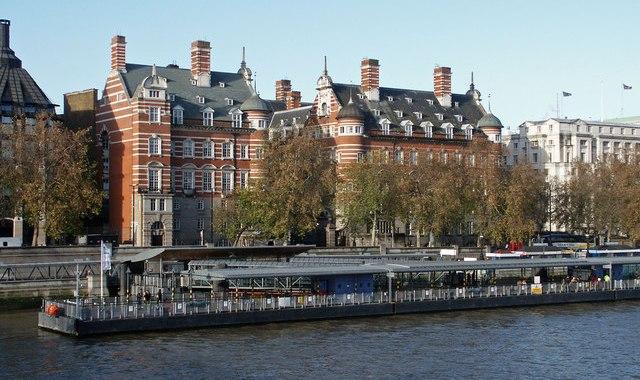 Scotland Yard, ξενοδοχείο πολυτελείας,