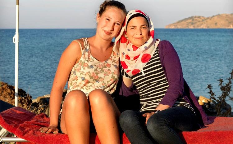 Η 14χρονη Αν-Μαρίν από την Ολλανδία και η 24χρονη Μπίρβαν από τη Συρία