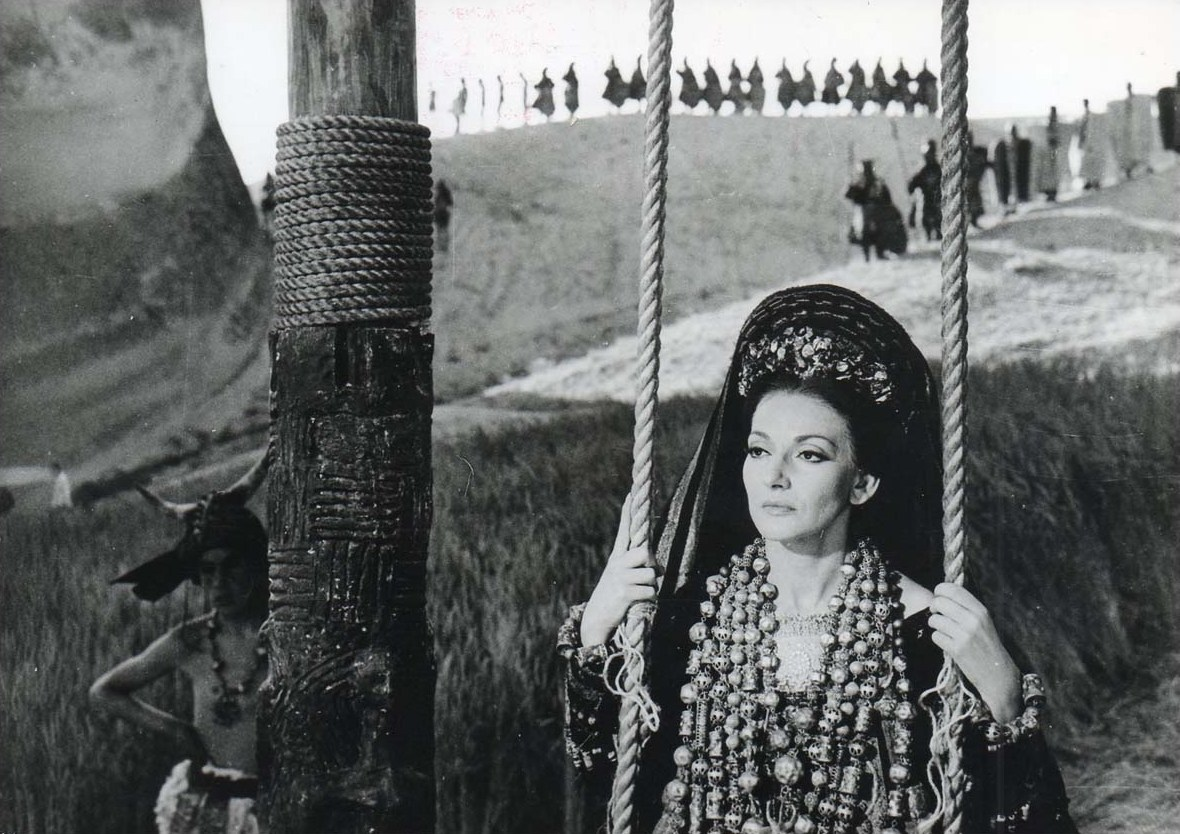 Callas, Maria Photo from Medea 9283