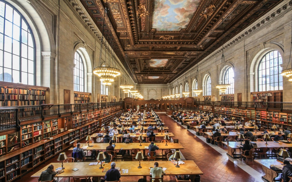 201407-w-most-beautiful-libraries-in-the-world-new-york-public-library