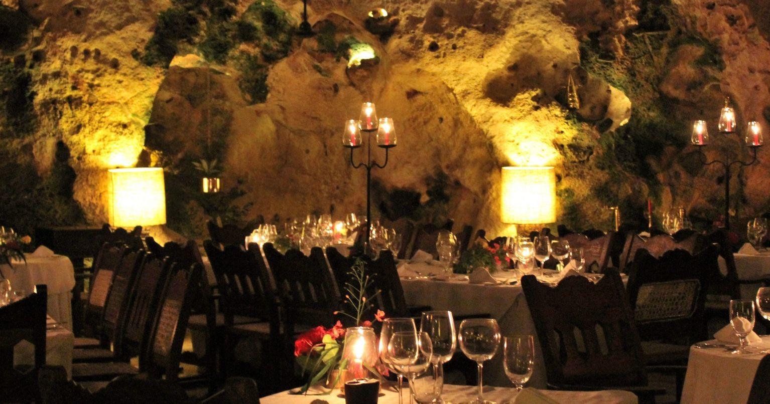 ali-barbour-cave-restaurant, Περίεργα εστιατόρια