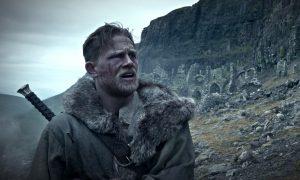 Guy Ritchie, Βασιλιάς Αρθούρος, King Arthur: Legend of the Sword, Charlie Hunnam, Jude Law, ταινία, cinema, nikosonline.gr