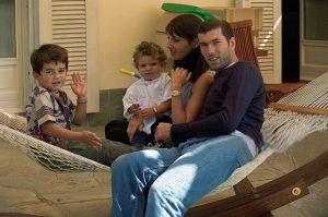 Zinedine Zidane συν γυναιξί και τέκνοις. Ζινεντίν Ζιντάν, σύζυγος, παιδιά, nikosonline.gr