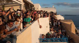 2.000.000 τουρίστες στην Σαντορίνη, SANTORINI ISLAND, SANTORINI CROWDED, HELLAS, GREECE, nikosonline.gr