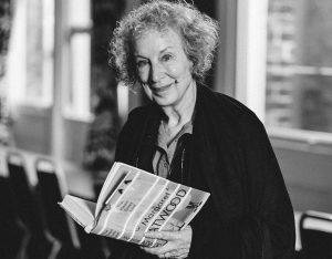 The Handmaid's Tale, TO IMEROLOGIO MIAS YPIRETRIAS, Ημερολόγιο μιας καμαριέρας, Margaret Atwood,ΒΙΒΛΙΟ, ΤΑΙΝΙΑ, ΤΗΛΕΟΠΤΙΚΗ ΣΕΙΡΑ, TV SERIES, nikosonline.gr