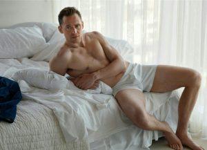 Τομ Χίντελστον, Tom Hiddleston, ΤΟ BLOG ΤΟΥ ΝΙΚΟΥ ΜΟΥΡΑΤΙΔΗ, nikosonline.gr,
