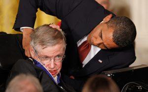Stephen Hawking, Στήβεν Χόκινγκ, STEVEN HAWKING, nikosonline.gr