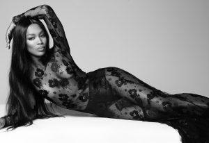 Ναόμι Κάμπελ, γυμνή, 50 ετών, Naomi Campbell, naked, Vogue, Top Model, nikosonline.gr