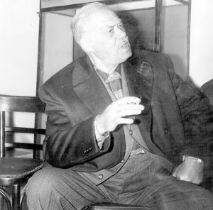 Μάρκος Βαμβακάρης, περιφρόνια, Markos Vamvakaris, Rampetiko, Dalaras, Ρεμπέτικο, Νταλάρας, Χατζιδάκις, nikosonline.gr